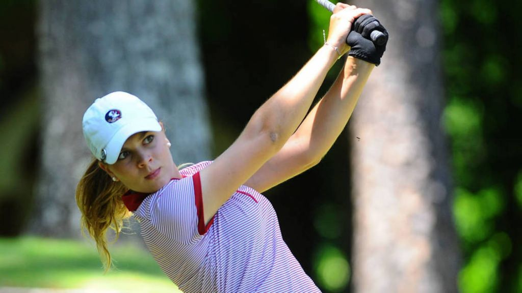 Women's Golf Leads Schooner Fall Classic