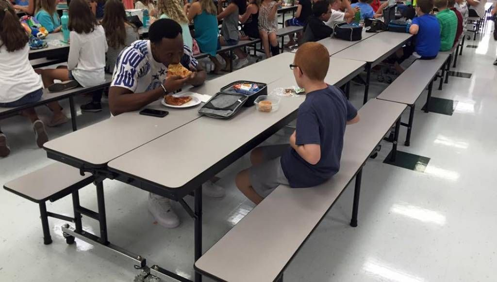 Rudolph Shares A Lunch To Remember With Area Middle Schooler