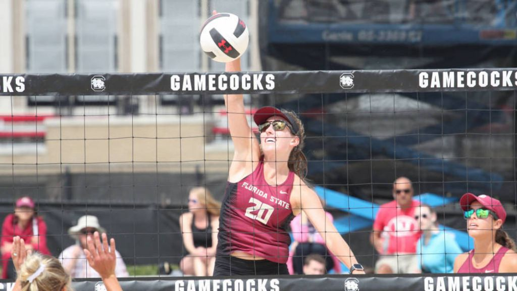 No. 4 Beach Volleyball Finishes Strong