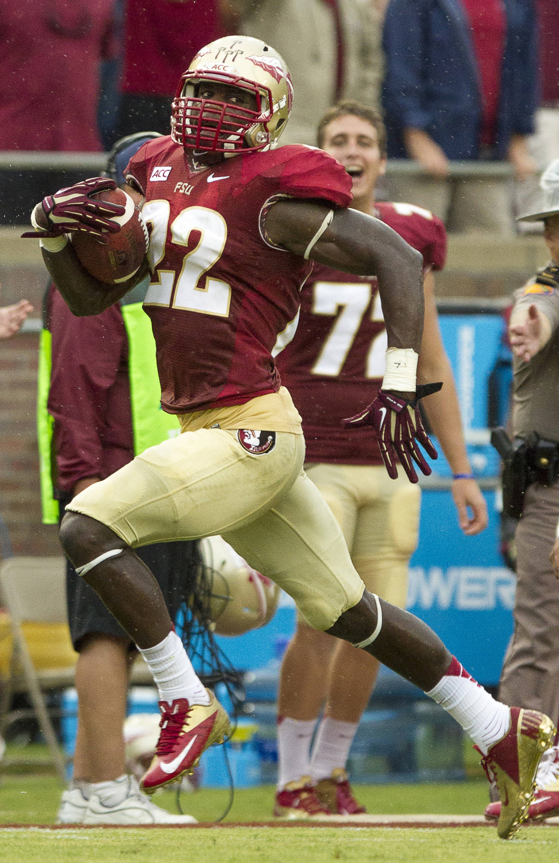 Telvin Smith (22) runs with the ball after an interception during FSU Football's 54-6 win over Bethune-Cookman on September 21, 2013 in Tallahassee, Fla