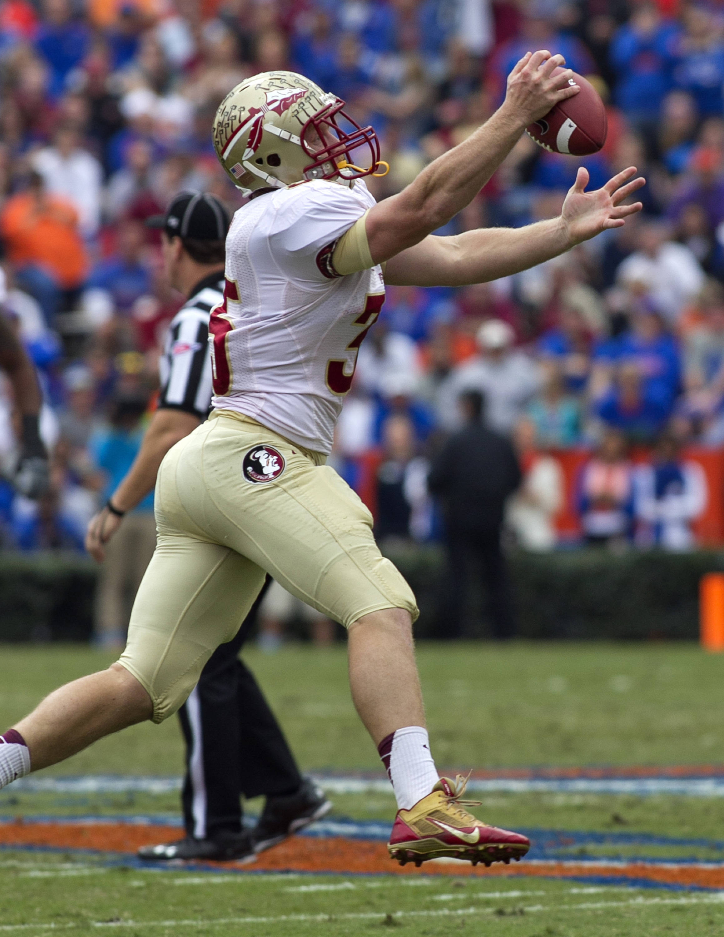 Nick O'Leary (35) with a great one handed catch, FSU vs Florida, 11-30-13,  (Photo by Steve Musco)