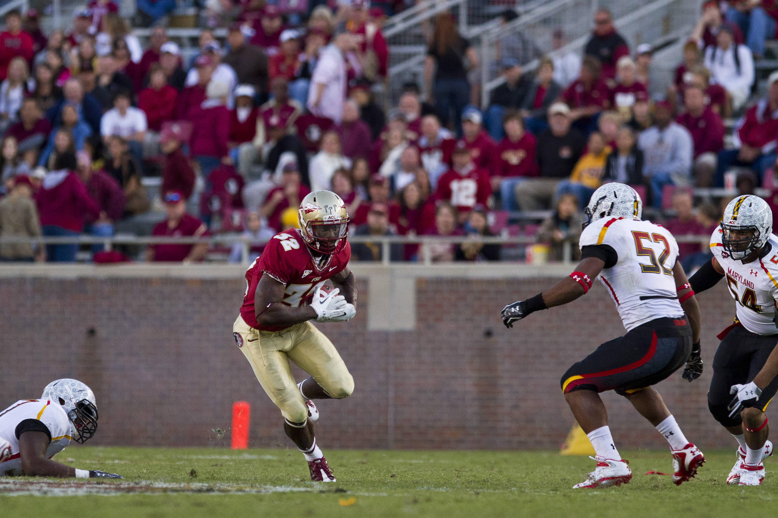 Jr. Wilder James (32) returns the ball during the football game against Maryland in Tallahassee, Florida on October 22, 2011.