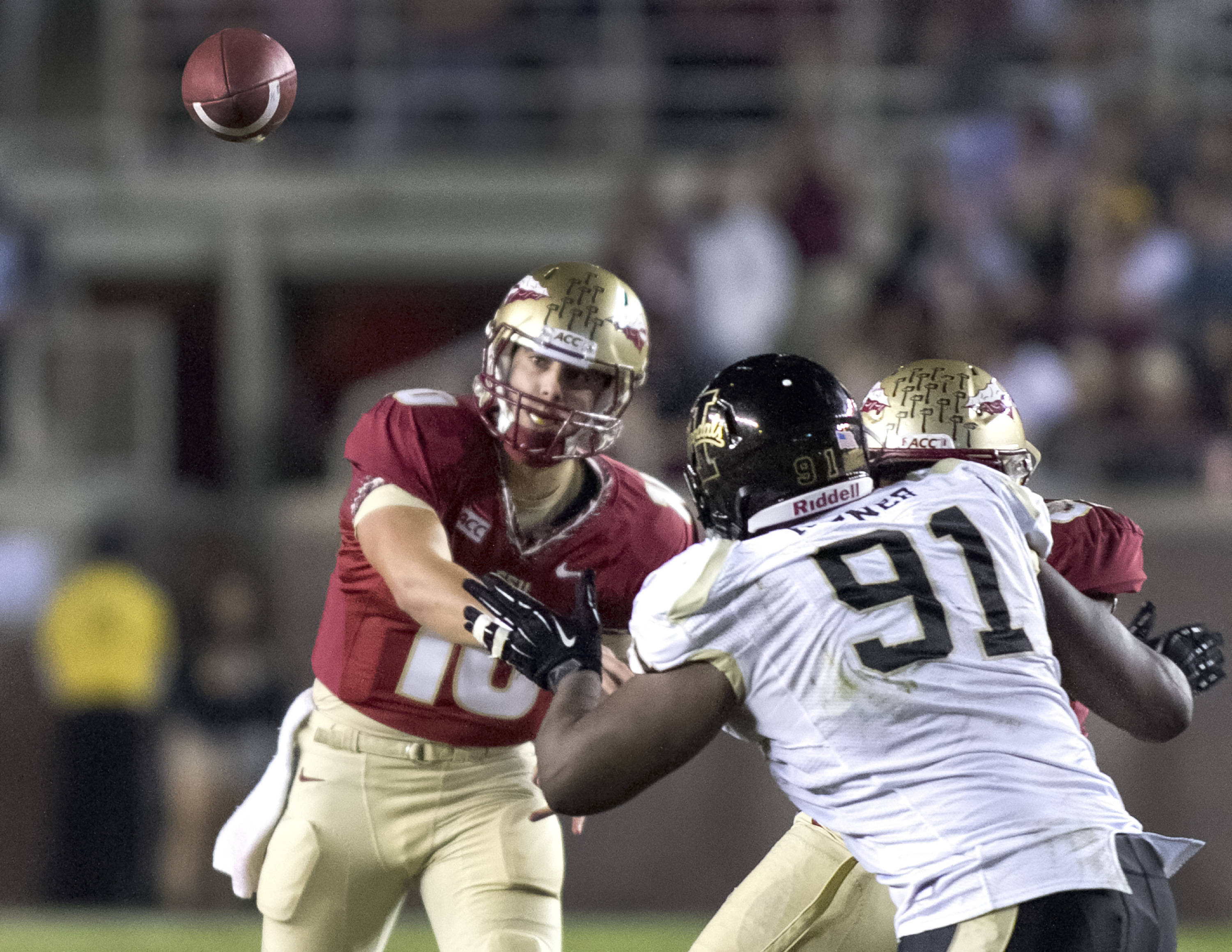 Sean Maguire (10), FSU vs Idaho, 11-23-13,  (Photo by Steve Musco)