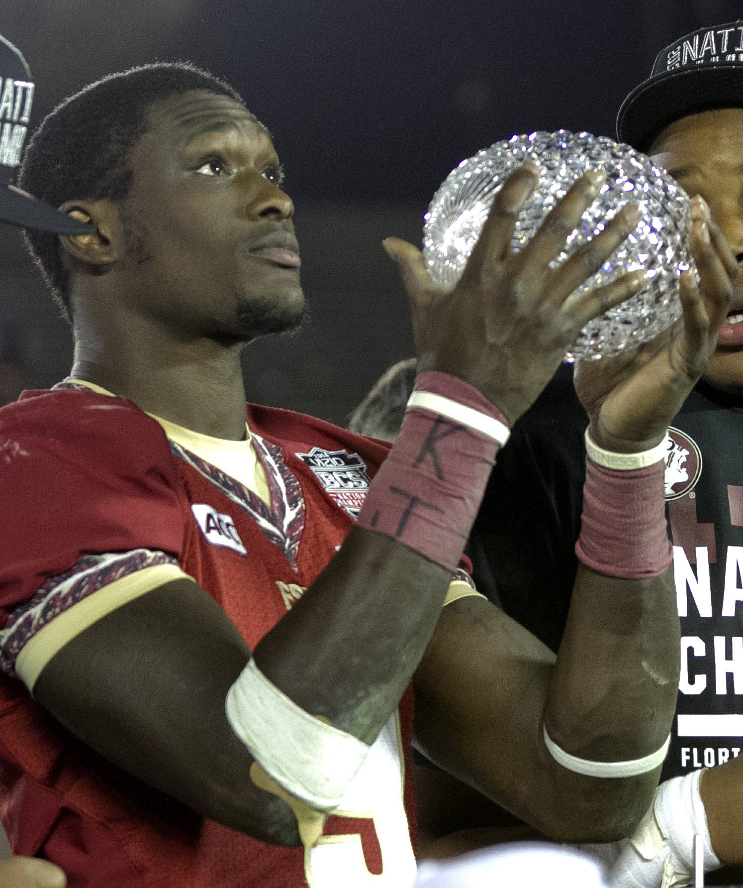 Karlos Williams (9) Giving praise for what he received, BCS Championship, FSU vs Auburn, Rose Bowl, Pasadena, CA,  1-06-14,  (Photo by Steve Musco)