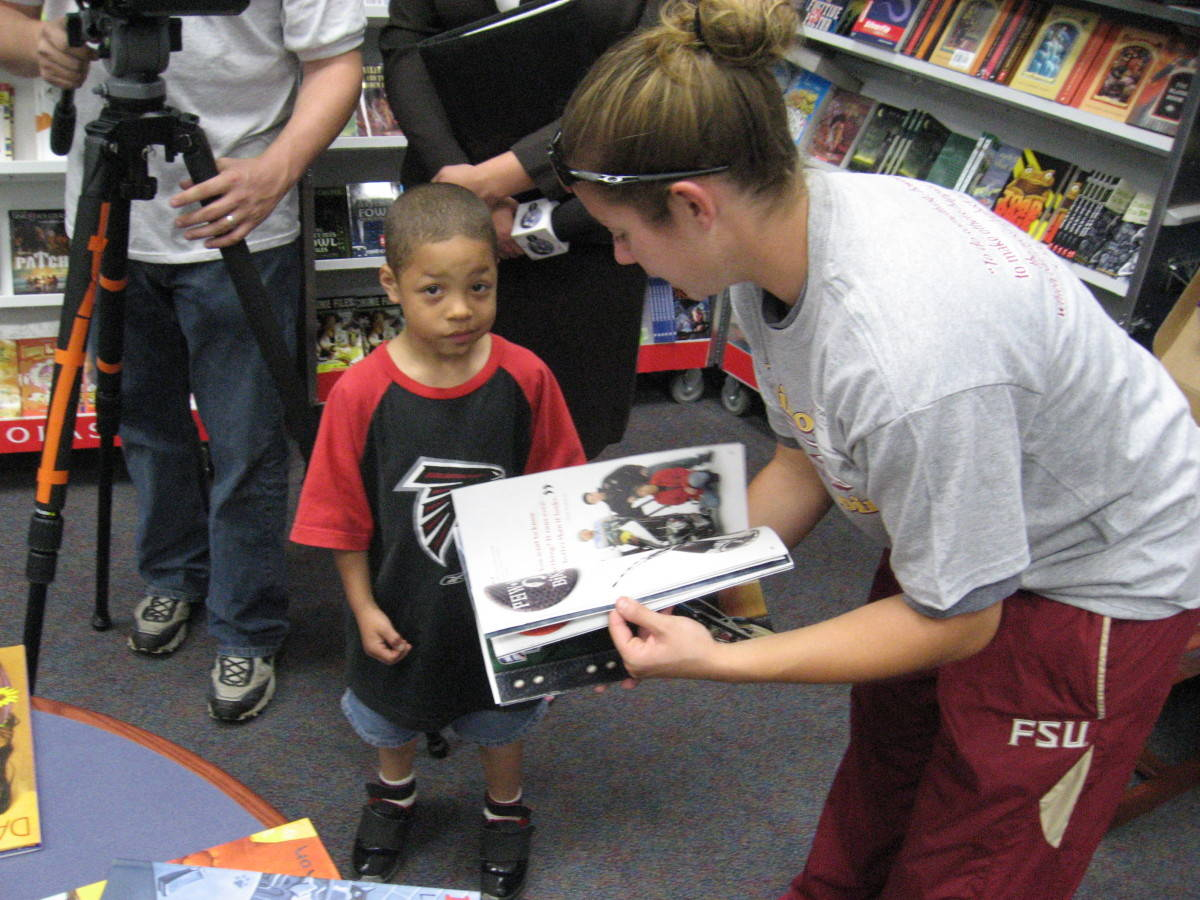 The Ounce of Prevention Fund of Florida and Florida State University Athletics have partnered with the Scholastic Book Fair Company to help at-risk children and their teachers in grades K-8.