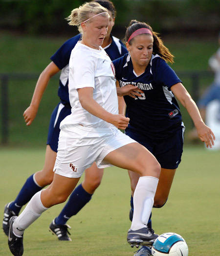 Sanna Talonen scored a goal and an assist for the Seminoles.