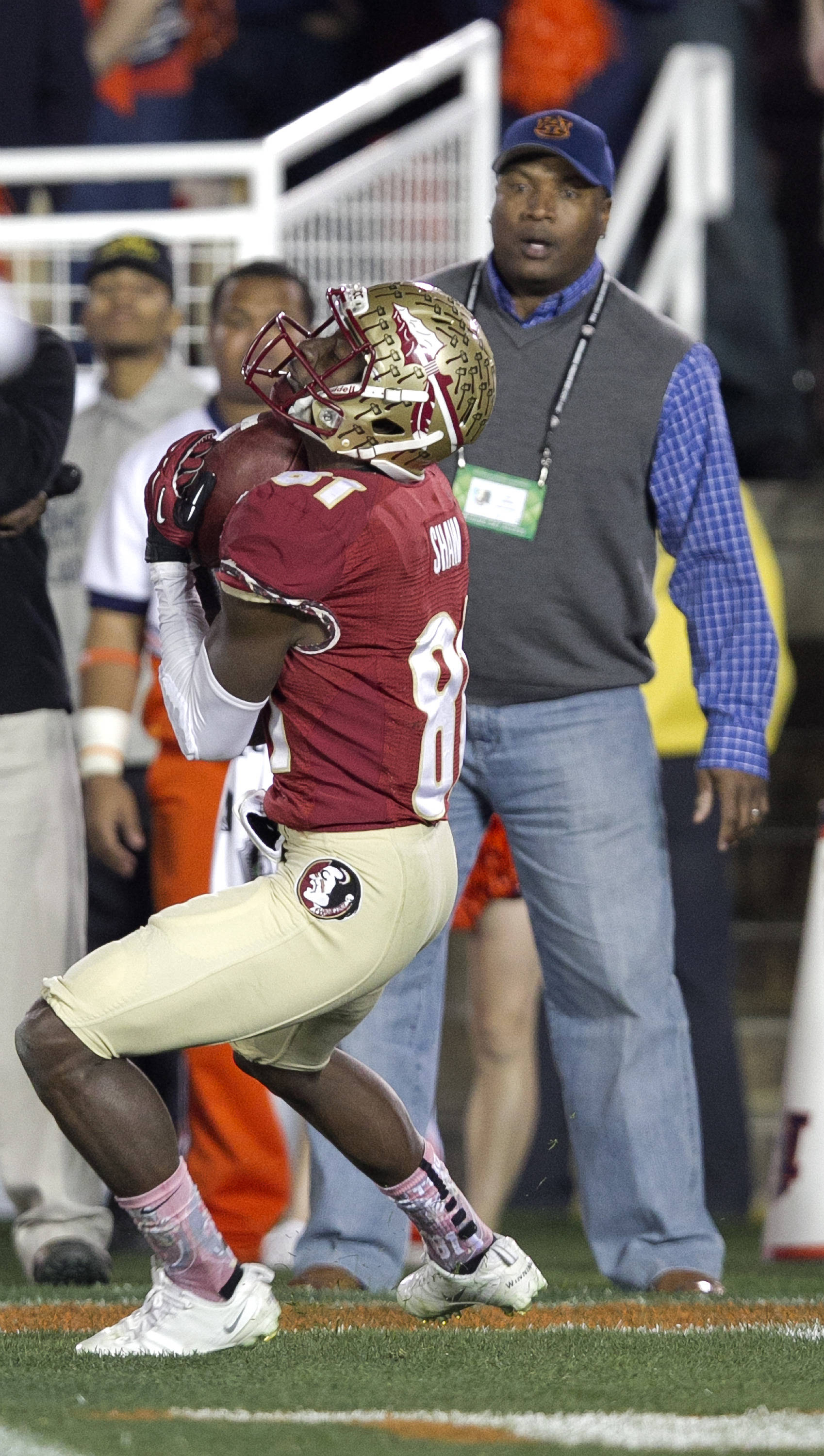 Kenny Shaw (81) with a fair catch, BCS Championship, FSU vs Auburn, Rose Bowl, Pasadena, CA,  1-06-14,  (Photo by Steve Musco)