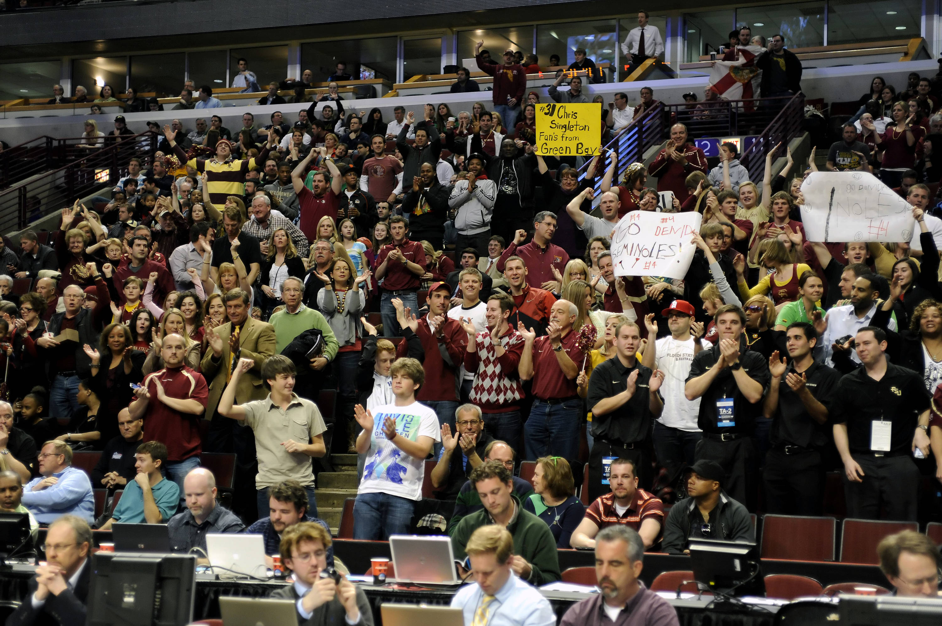 Florida State fans celebrate the 'Noles second round victory