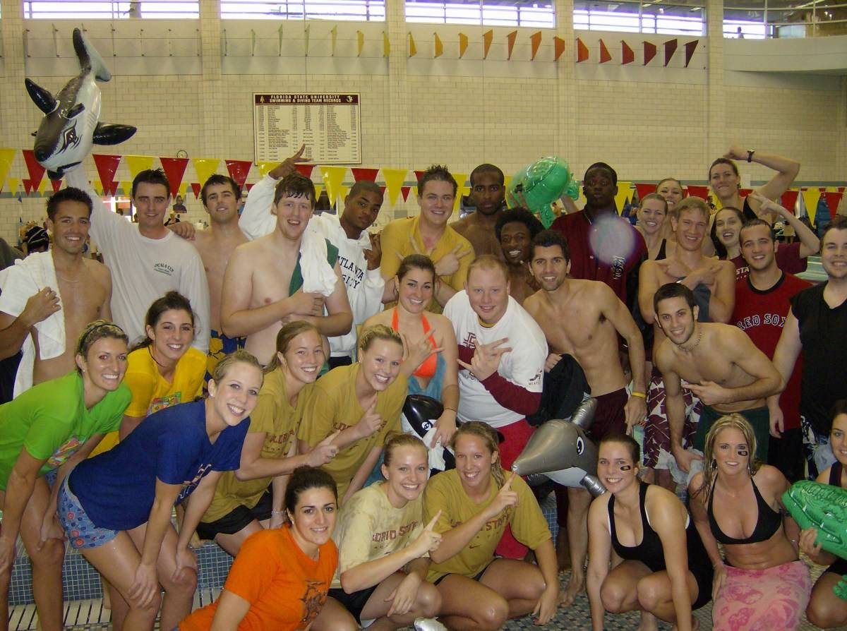 2007 Athletics Raft Race Participants: Volleyball, Men's GOlf, Men's Track and Field, Seminole Sound (2 teams), Women's Track and Field (2 teams) and Women's Golf#$%^#$%^Sadly, no team with a Gator (raft) placed in the top 3.  Coincidence, I think not...