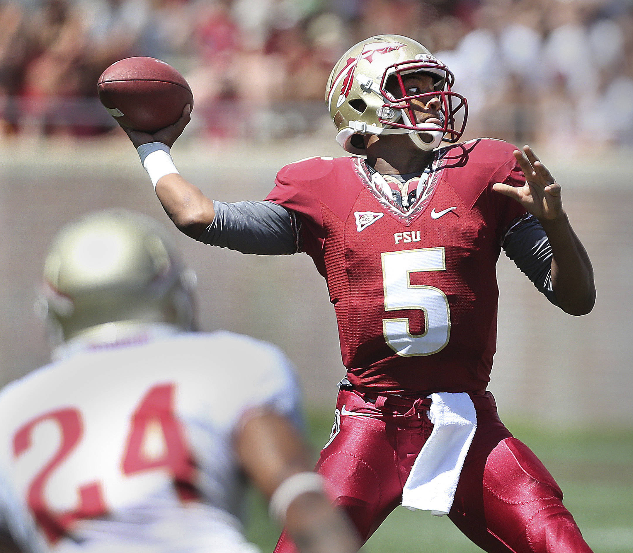 Werner rhodes taken back to back in first round redshirt freshman quarterback jameis winston threw for two scores and ran for another but his voltagebd Image collections