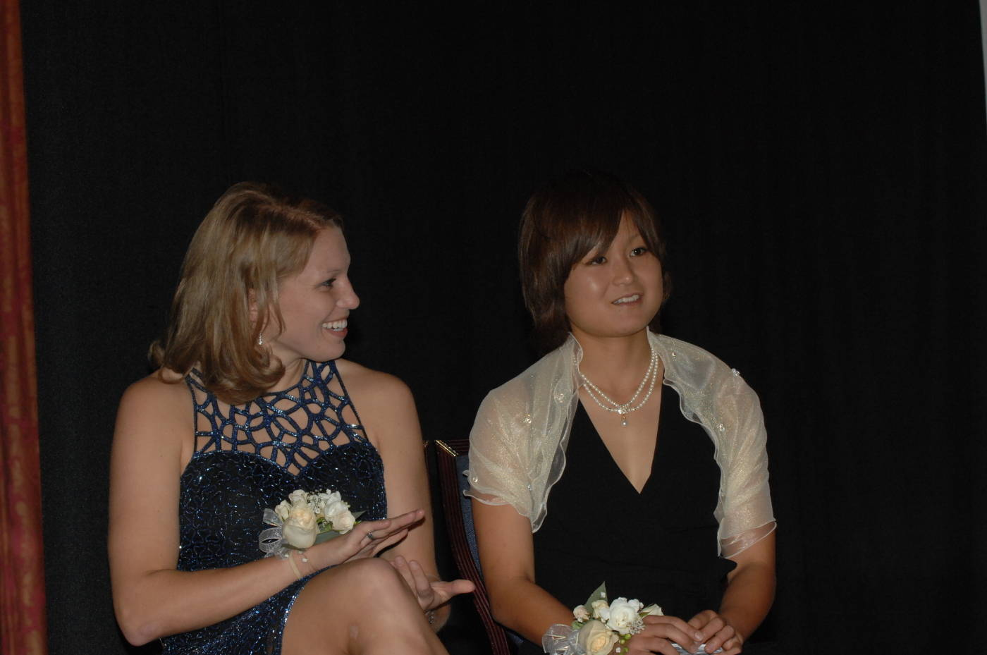 (L to R) Texas A&M's Ashlee Pistorius and FSU's Mami Yamaguchi await the announcment of the winner of the 2007 Hermann Trophy.
