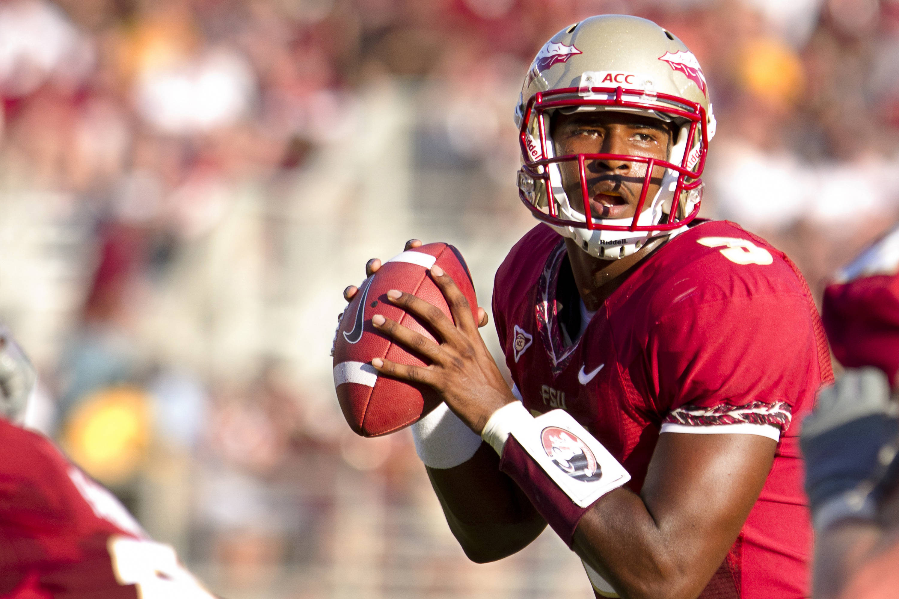 EJ Manuel (3) prepares to throw a pass during the game against CSU on September 10, 2011.