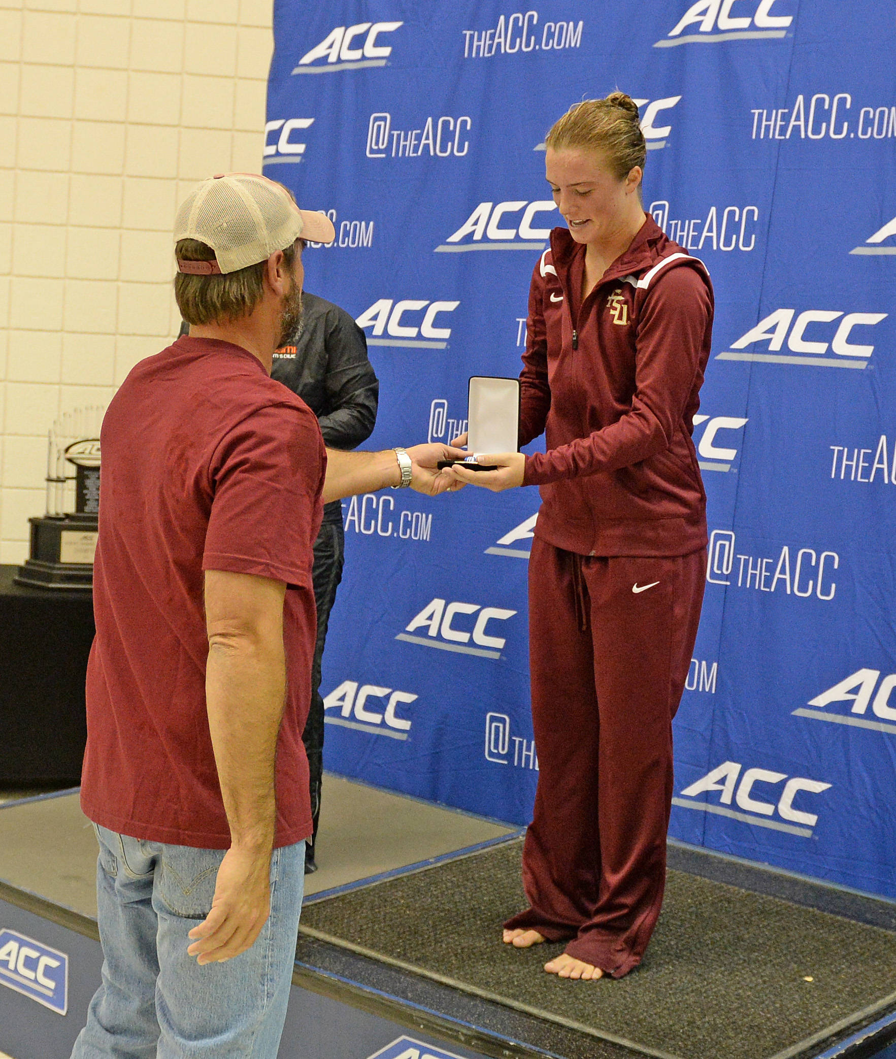 Head Diving coach John Proctor gives Katrina Young her gold - Mitch White