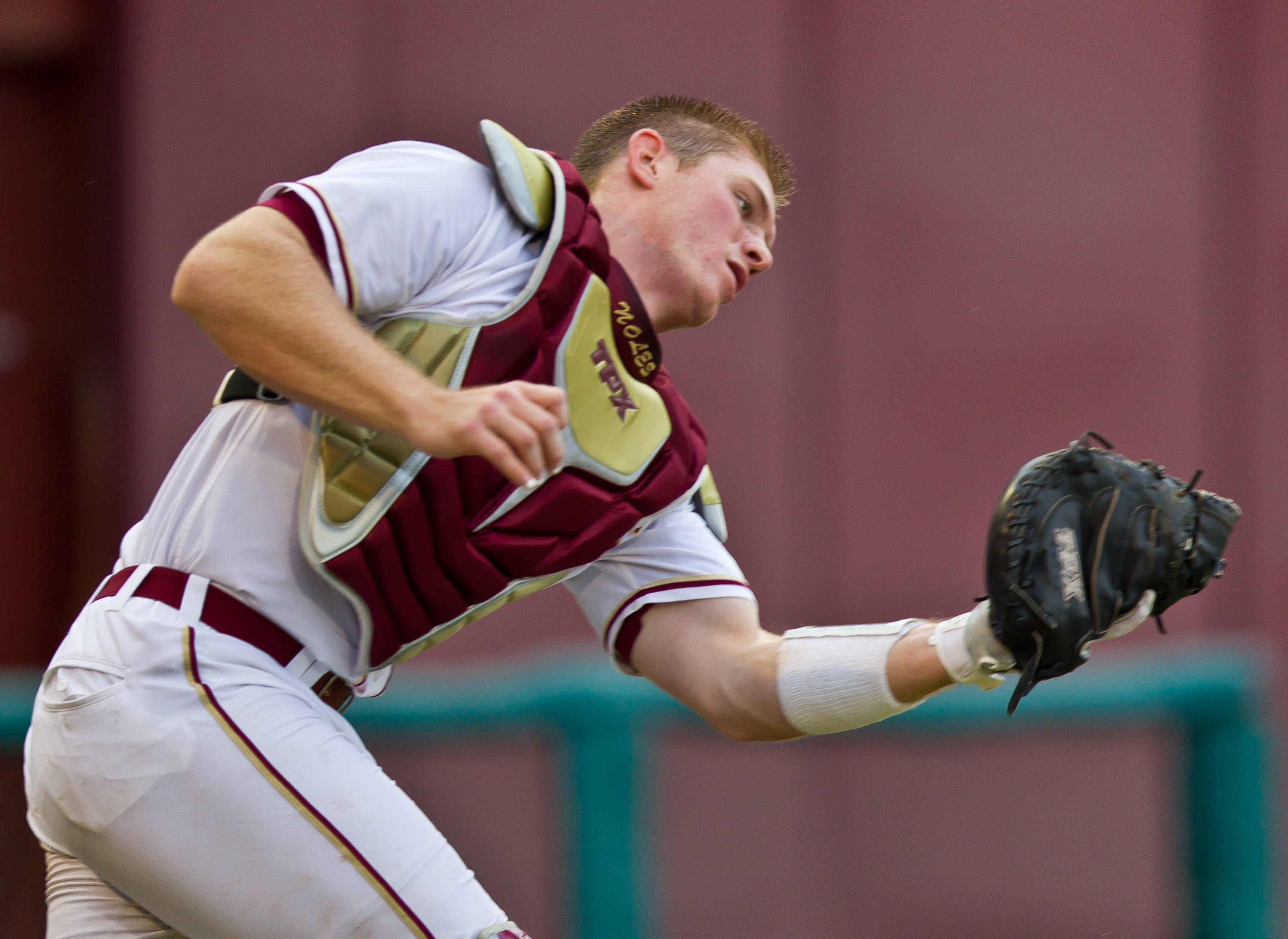 Stephen McGee makes an outstanding catch in front of the pitcher's mound.