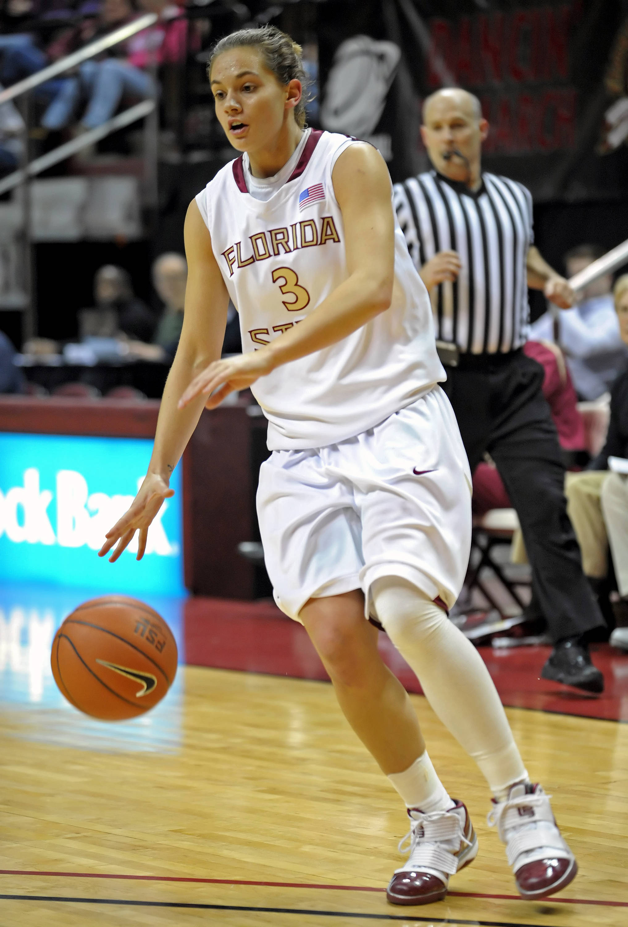 Sept. 8 ... Redshirt sophomore Alexa Deluzio is looking to build off her first year when the Seminoles take the court in 2010-11.