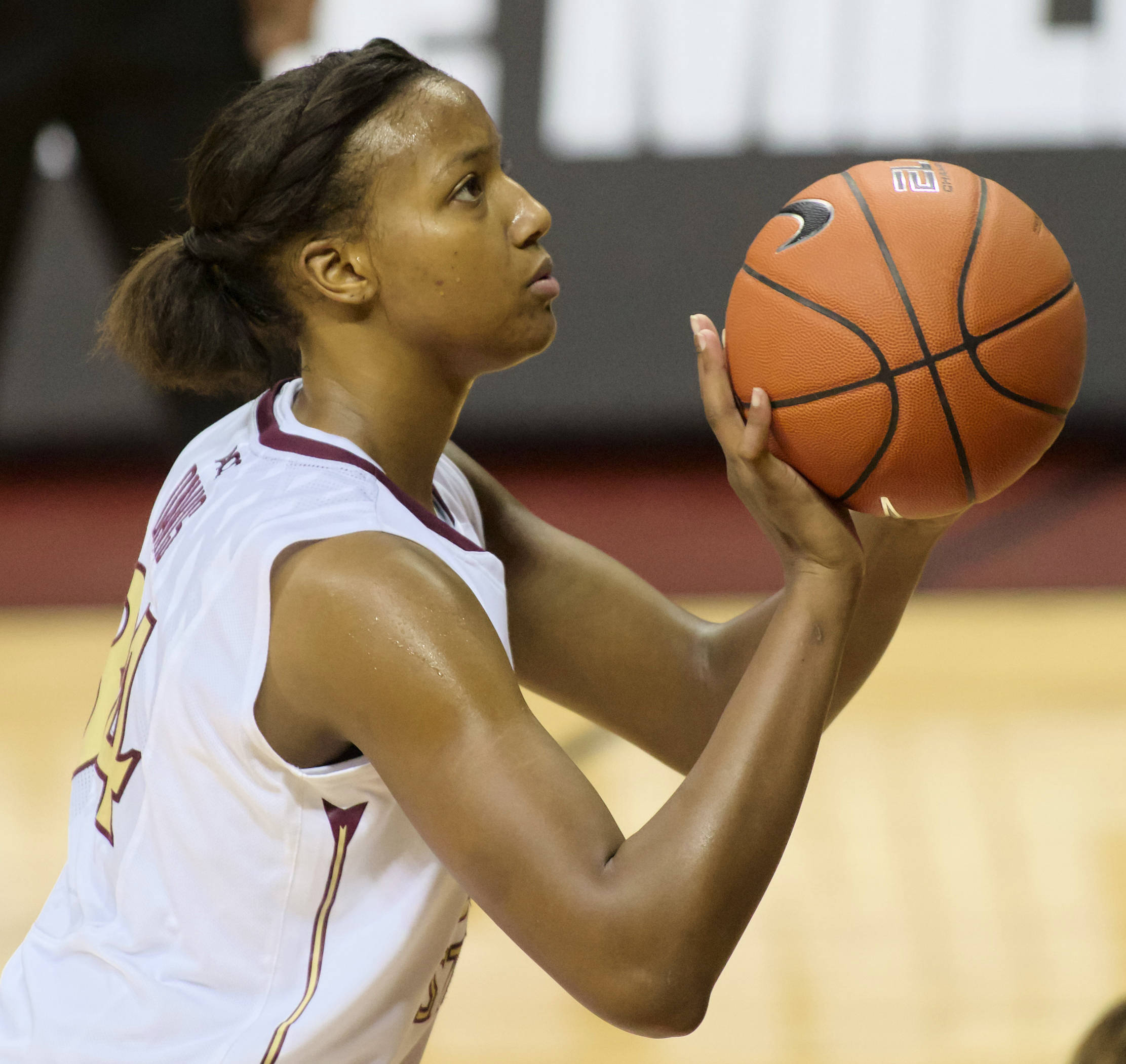 Chelsea Davis (34), FSU vs Samford, 11/11/12. (Photo by Steve Musco)