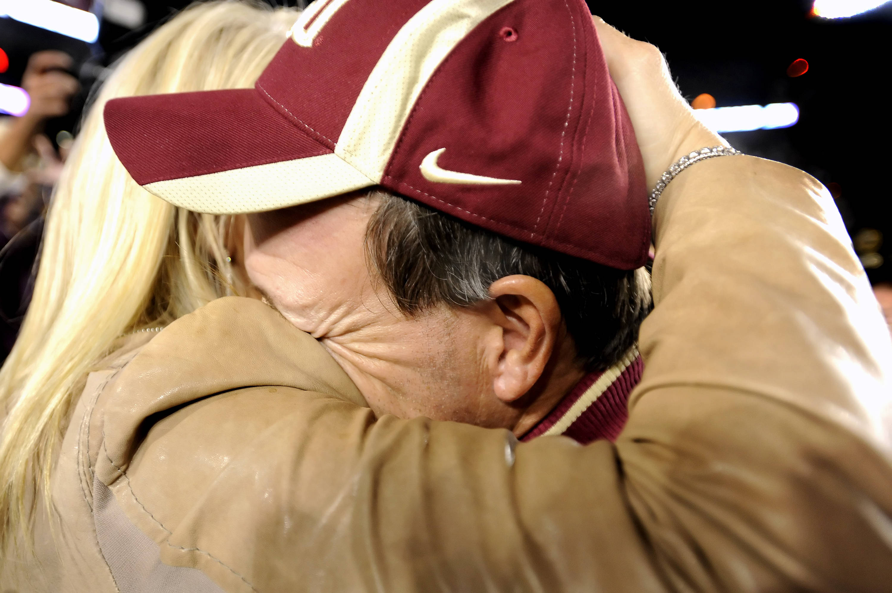 Jimbo Fisher celebrates with wife Candi after the victory over Miami in Tallahassee