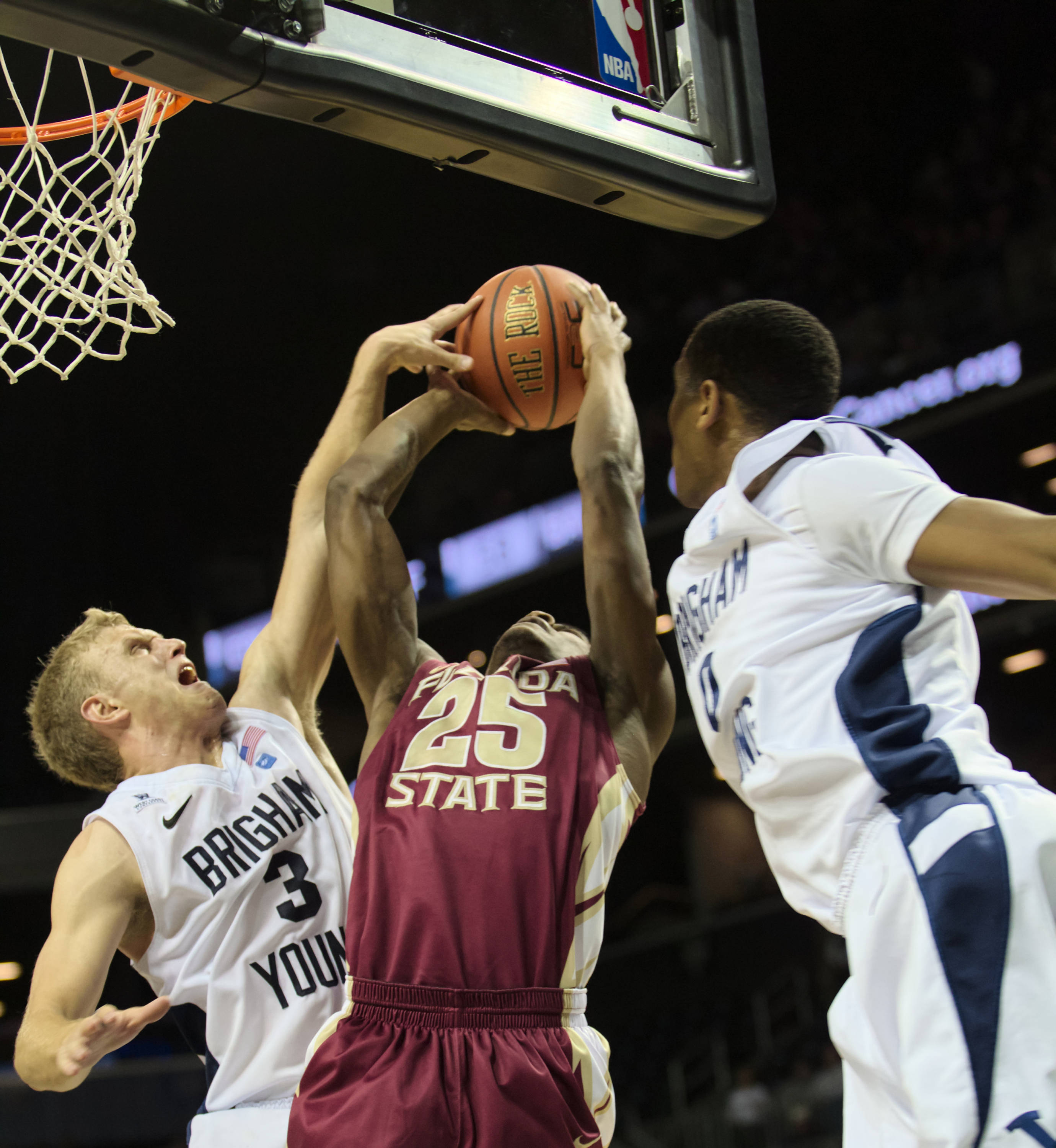 Aaron Thomas (25), FSU vs BYU, 11/16/12. (Photo by Steve Musco)