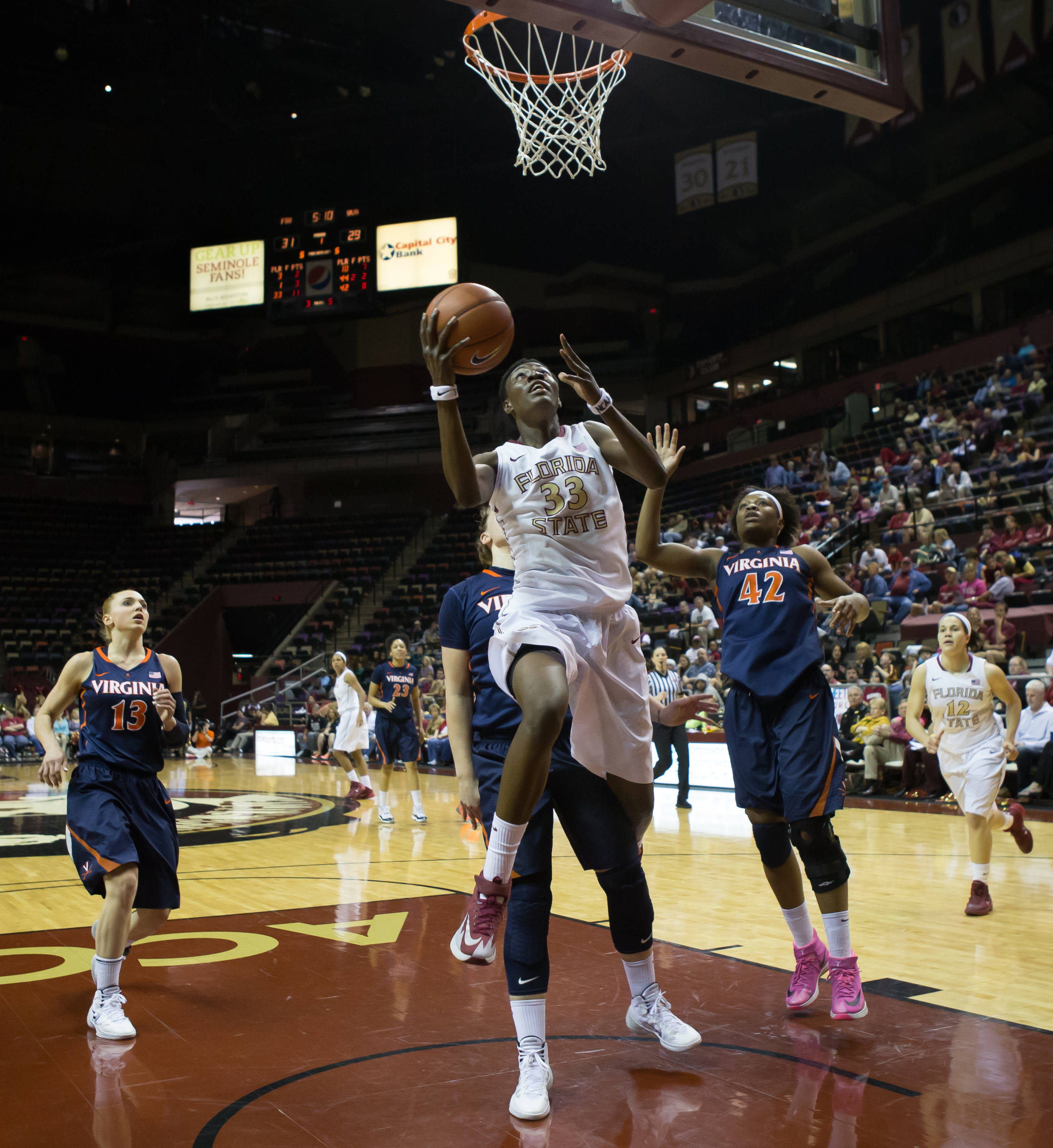 Natasha Howard (33) scored 33 for the Noles in a winning effort.