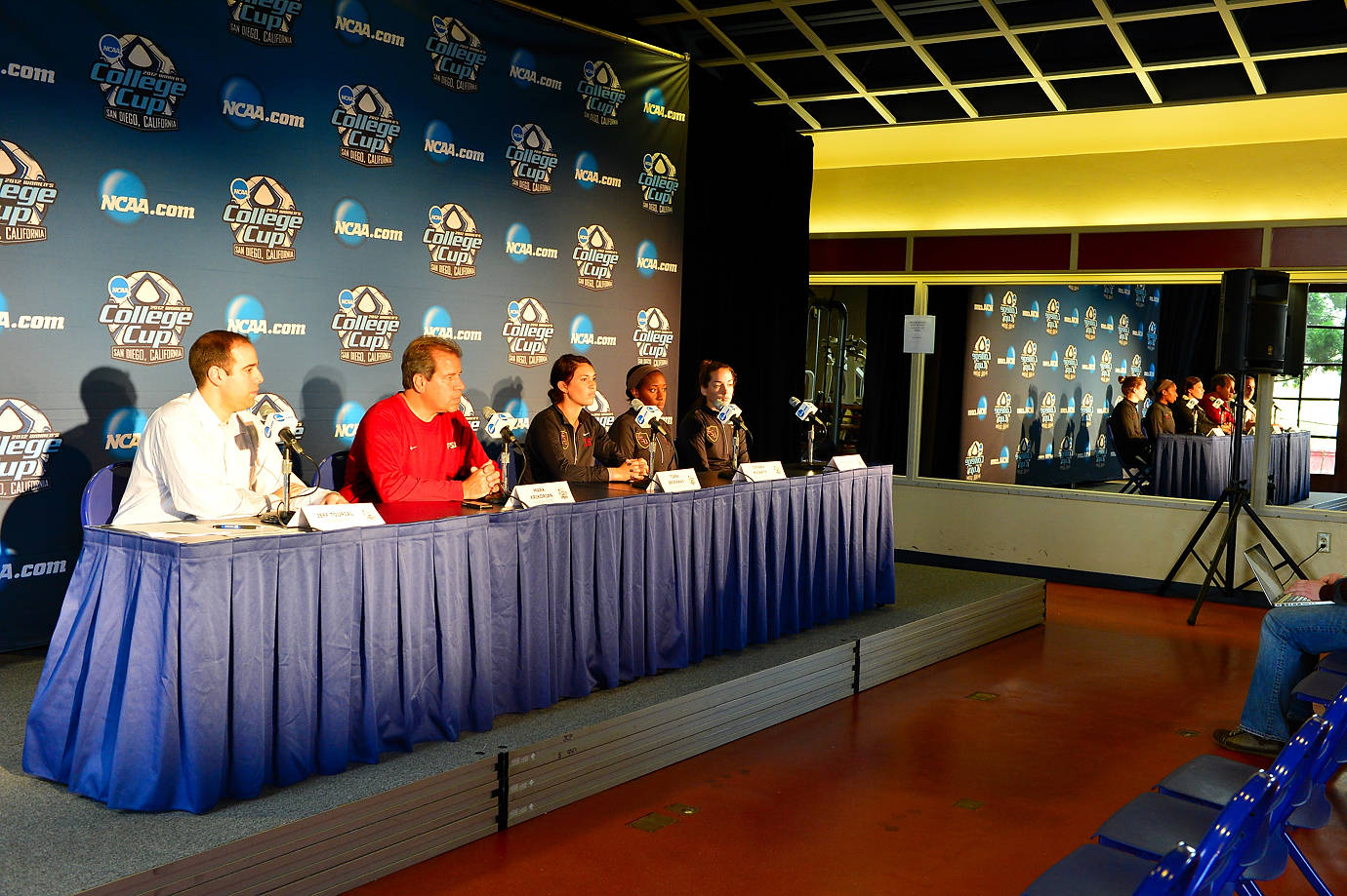 Head coach Mark Krikorian, Tiana Brockway, Tiffany McCarty and Kelsey Wys address the media at the 2012 College Cup.
