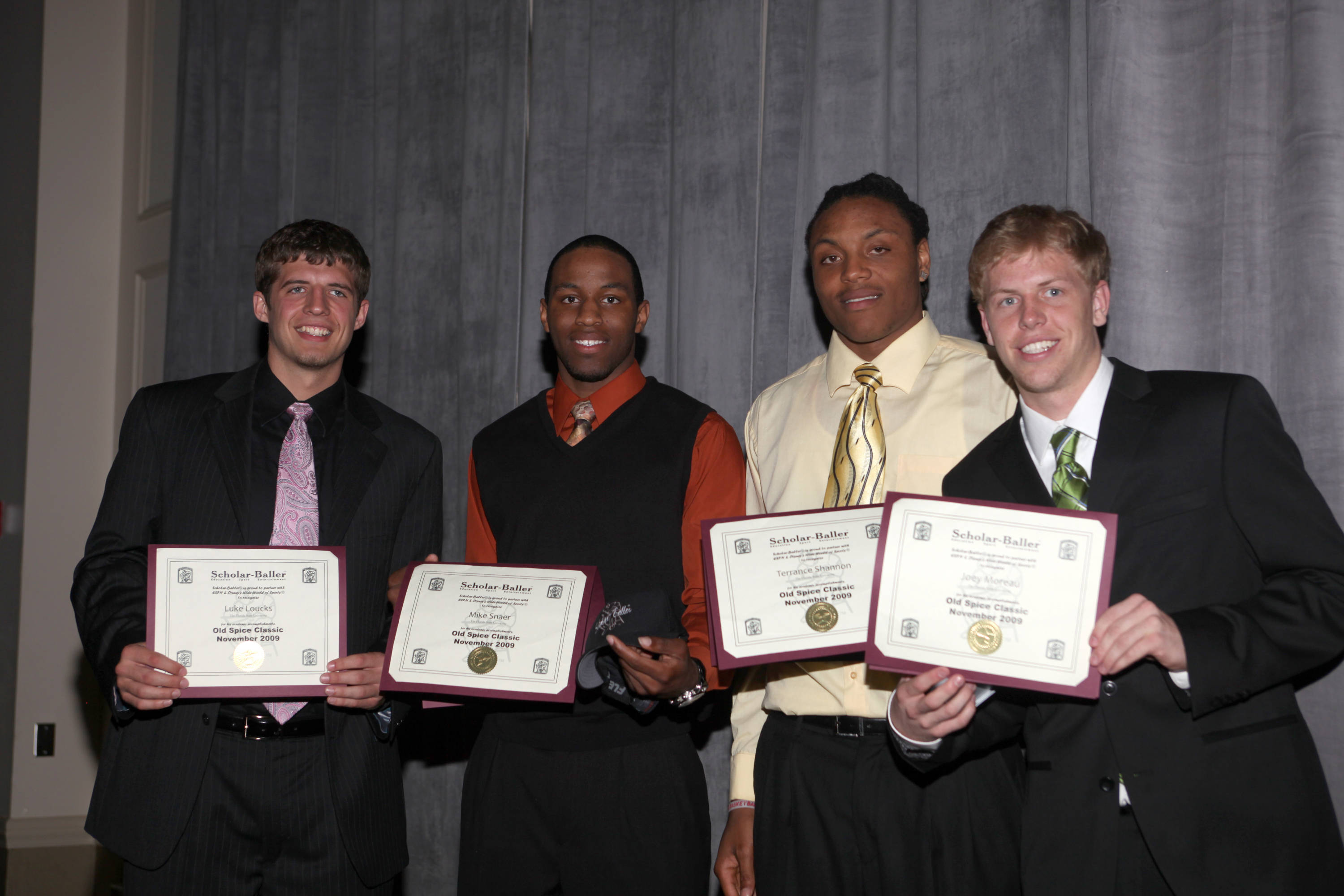 College of Music: Honors and Convocation held at the Alumni Center.2010 Men's Basketball Banquet