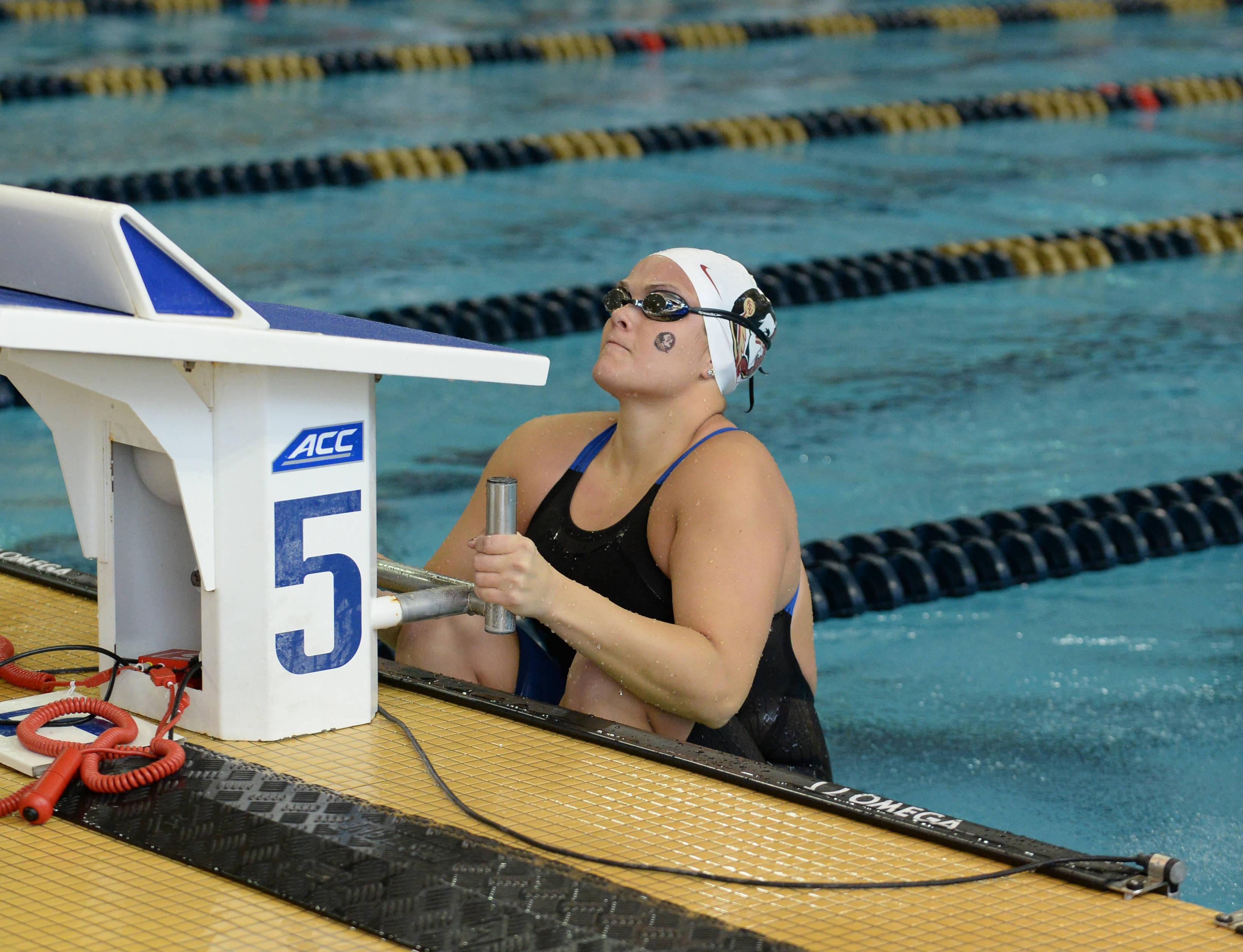 Bianca Spinazzola starts the 100 back - Mitch White