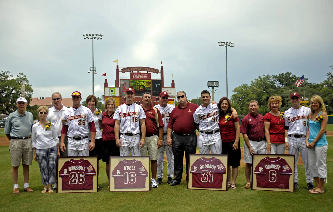The 2009 Seminole Senior Class with their parents and head coach Mike Martin