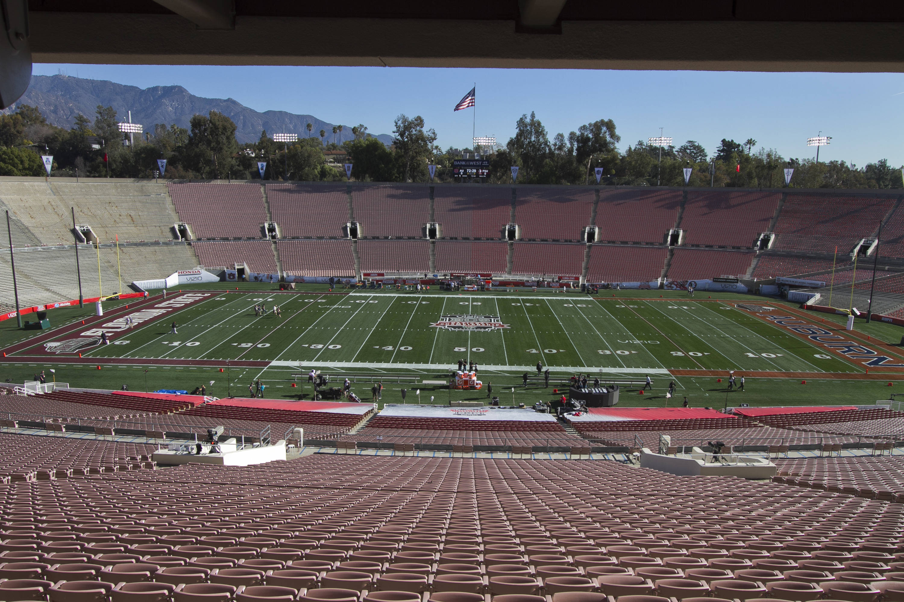 Empty Rose Bowl Field, FSU at BCS Championship, Rose Bowl, Pasadena, CA,  1-06-14,  (Photo by Steve Musco)