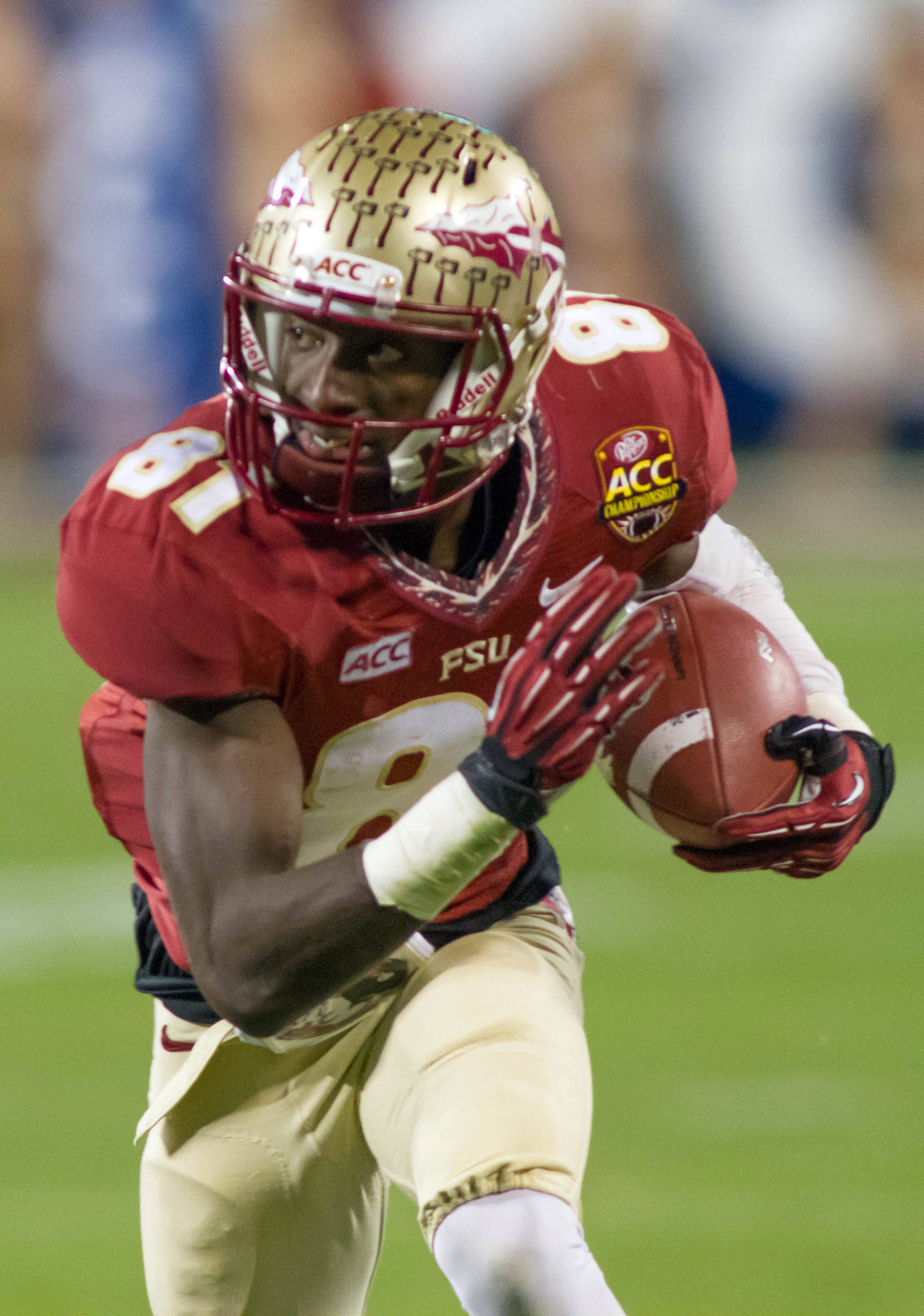 Dec 7, 2013; Charlotte, NC, USA; Florida State Seminoles wide receiver Kenny Shaw (81) runs after catching a pass during the second quarter against the Duke Blue Devils at Bank of America Stadium. Mandatory Credit: Jeremy Brevard-USA TODAY Sports