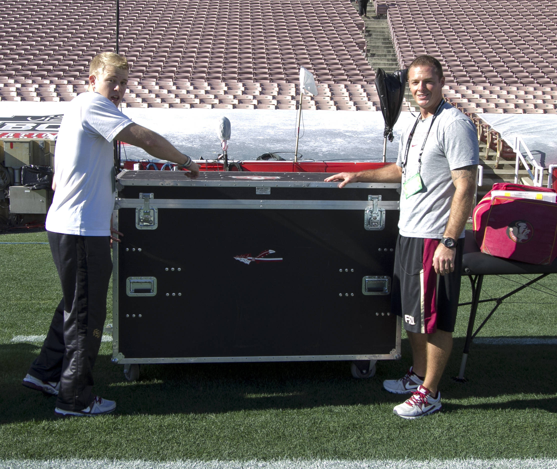 FSU sideline equipment arrives, FSU at BCS Championship, Rose Bowl, Pasadena, CA,  1-06-14,  (Photo by Steve Musco)