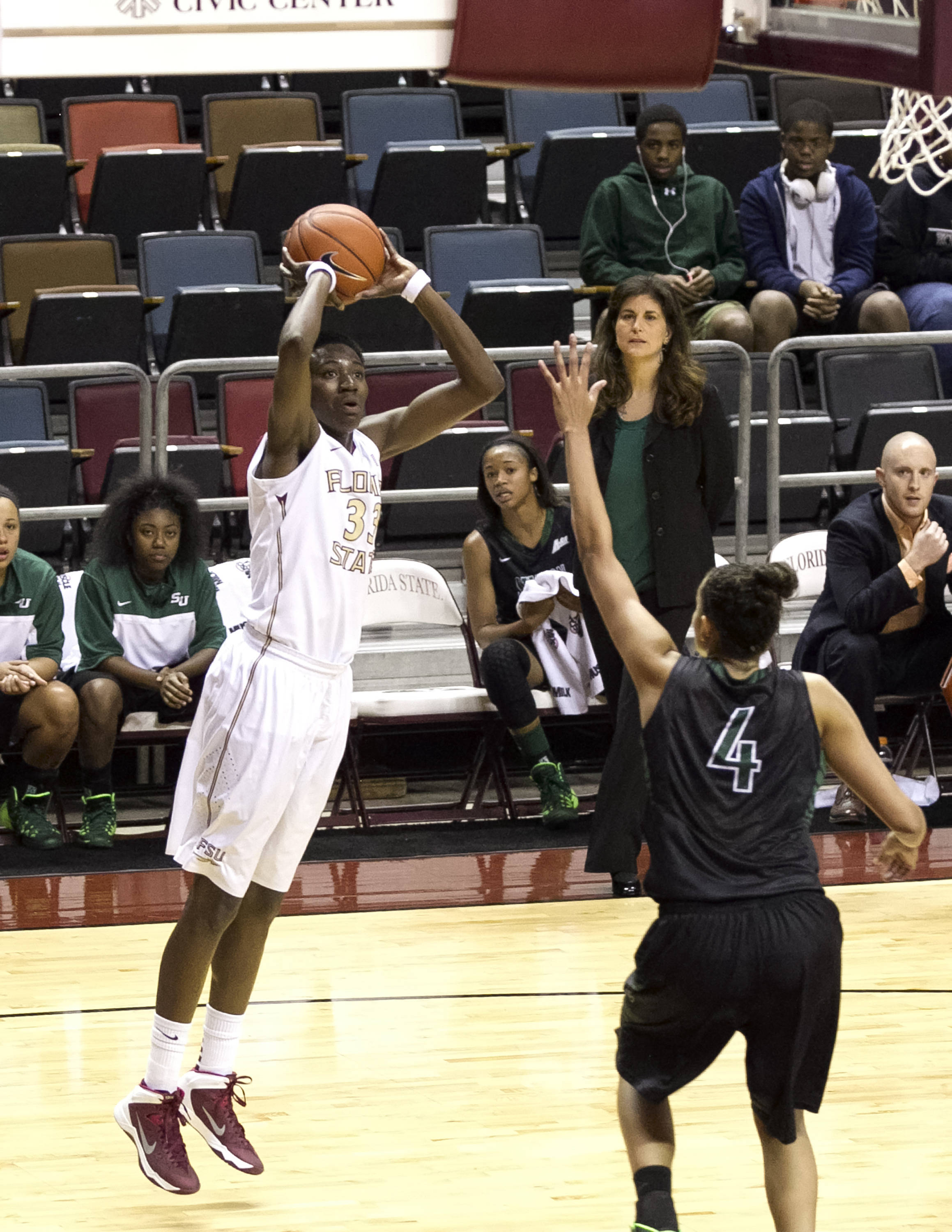 Natasha Howard (33), FSU vs Stetson, 11-29-13,  (Photo by Steve Musco)