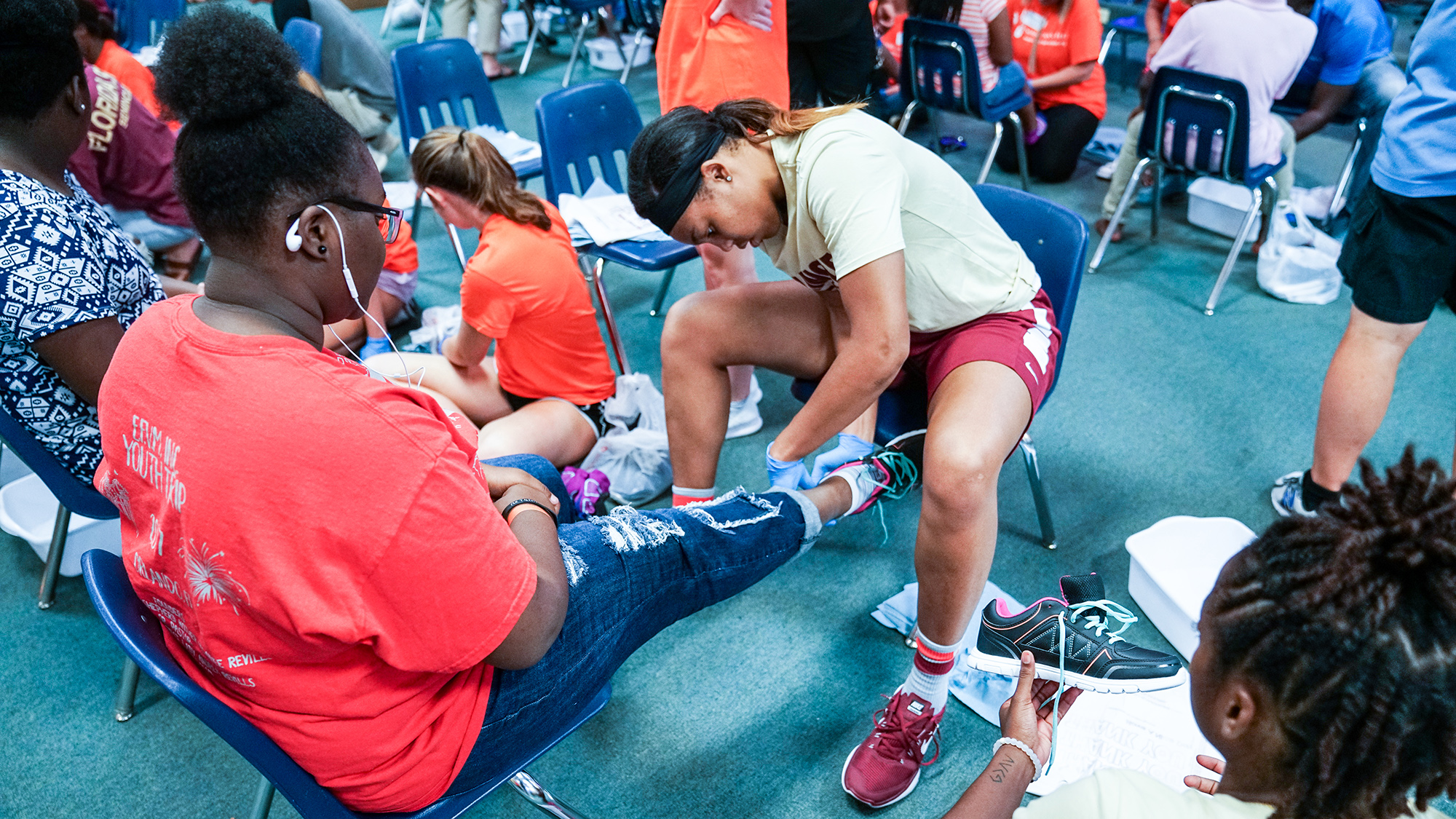 Photo Gallery: Samaritan's Feet Shoe Distribution