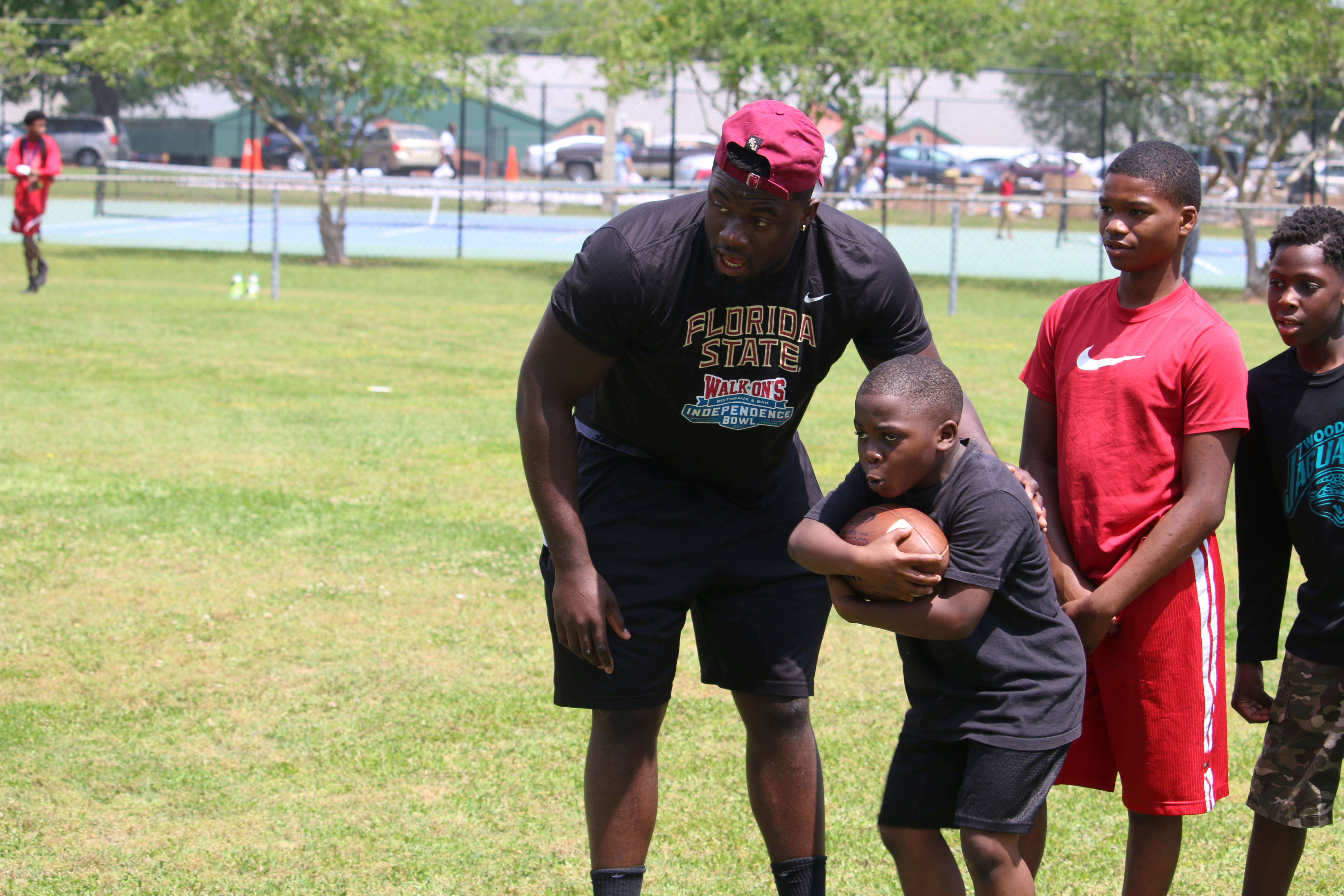 📸: Football Joins With Kez McCorvey For Skills Camp
