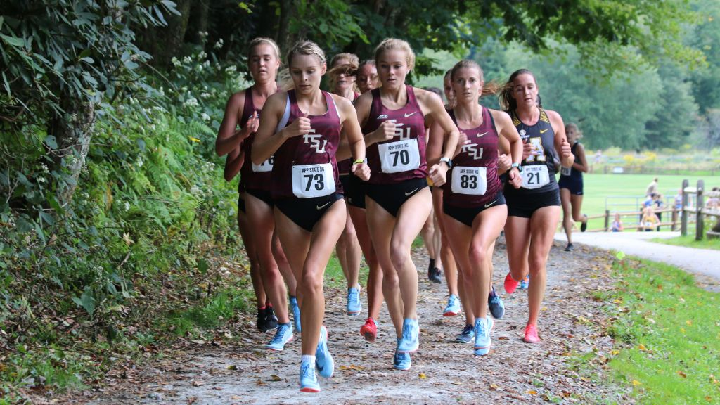 Mircheva Defends, Pottorff Wins Debut; Noles Sweep