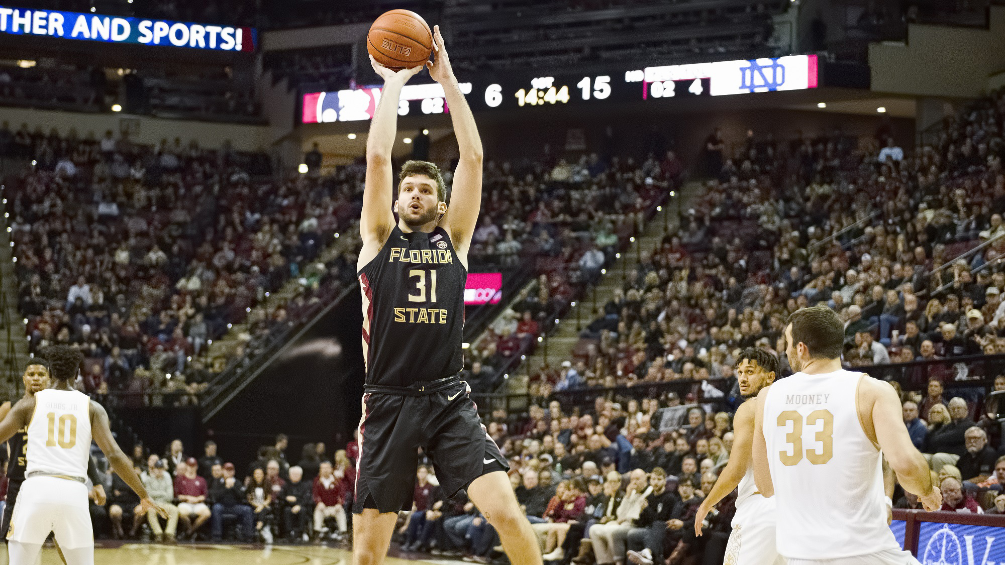 Wilkes' Career High 19 Leads No. 5 Florida State over Notre Dame 85-84