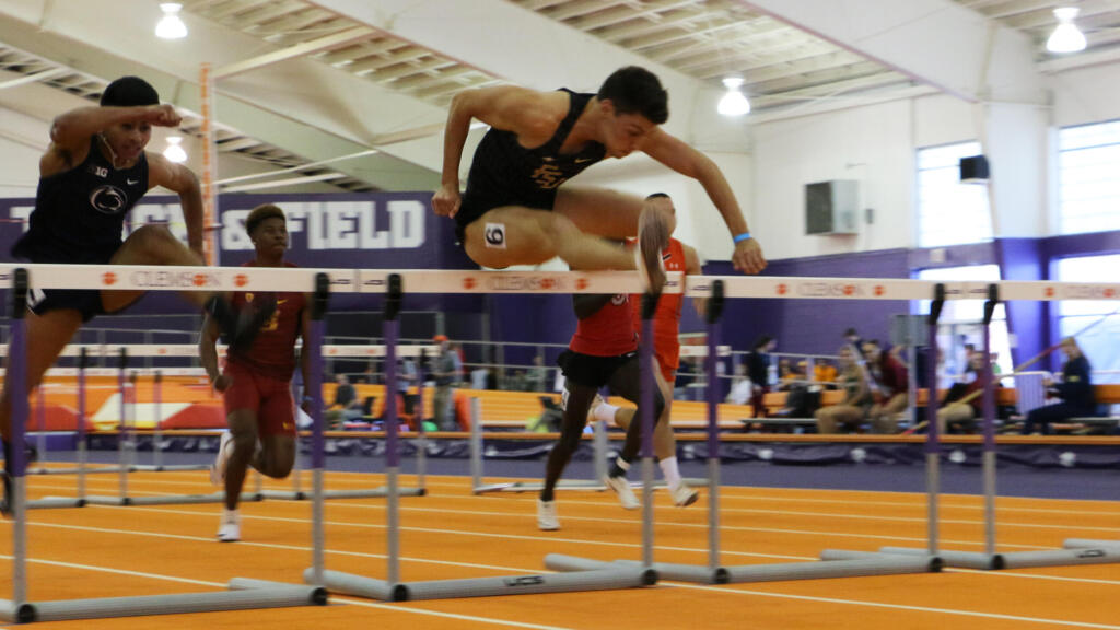 Banks, Matherson Punch NCAA 60-Meter Tickets