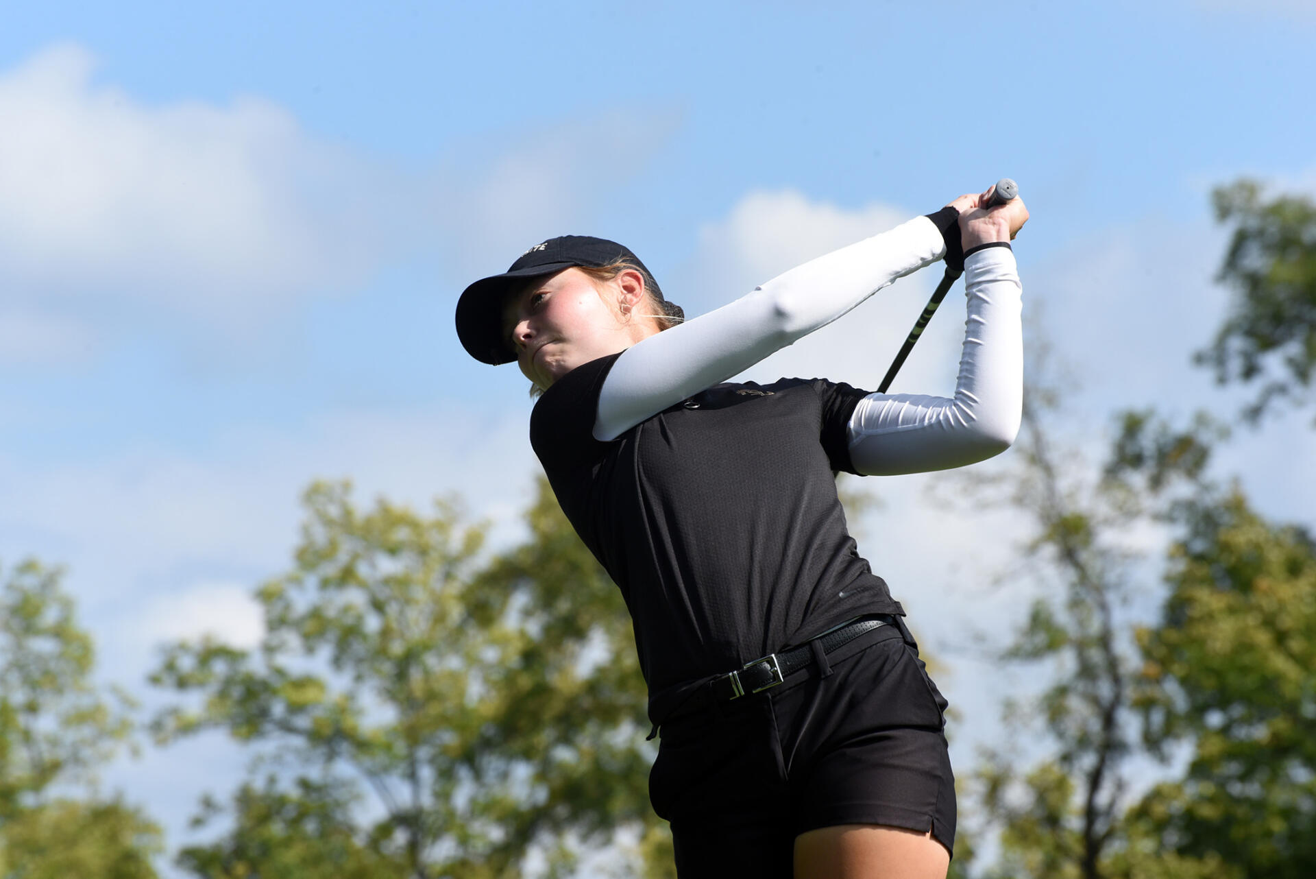 Hodge Leads W. Golf At Jim West Challenge